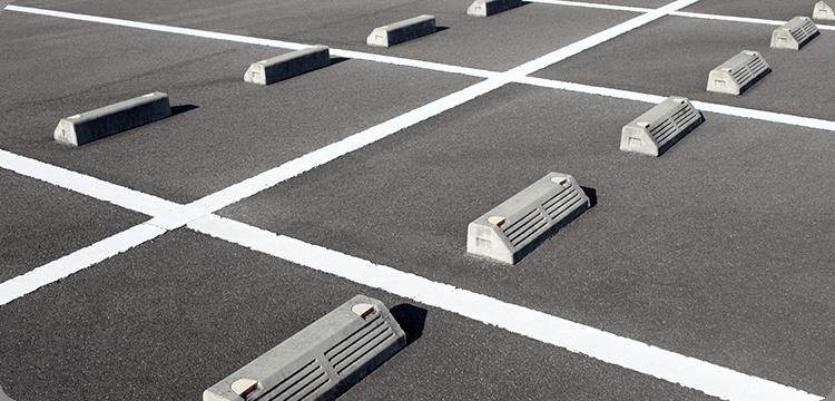 駐車場4台完備